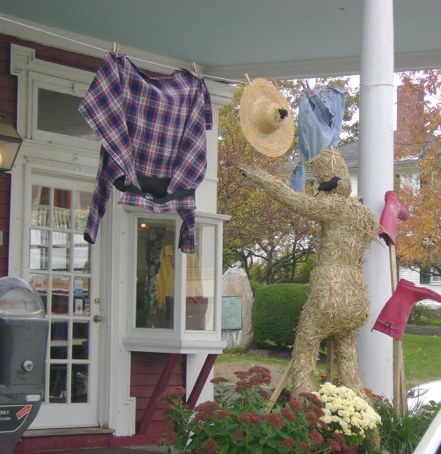 Laundry-hanging scarecrow created by Meredyth Martinez for Willoughby's in Rockport
